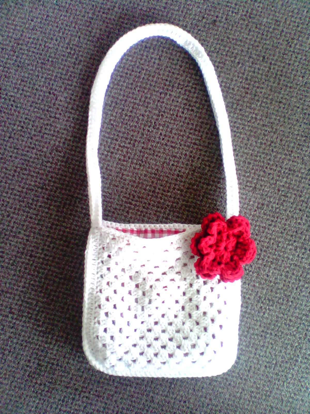 granny bag white and red 2